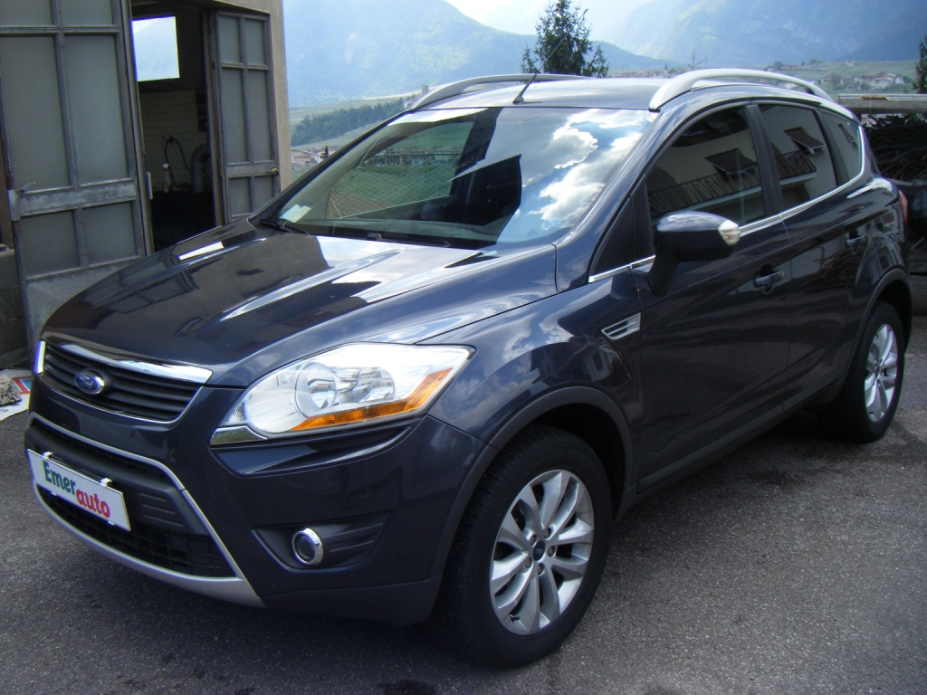 ford kuga 20 tdci 4wd titanium 2010 usata cles. Black Bedroom Furniture Sets. Home Design Ideas